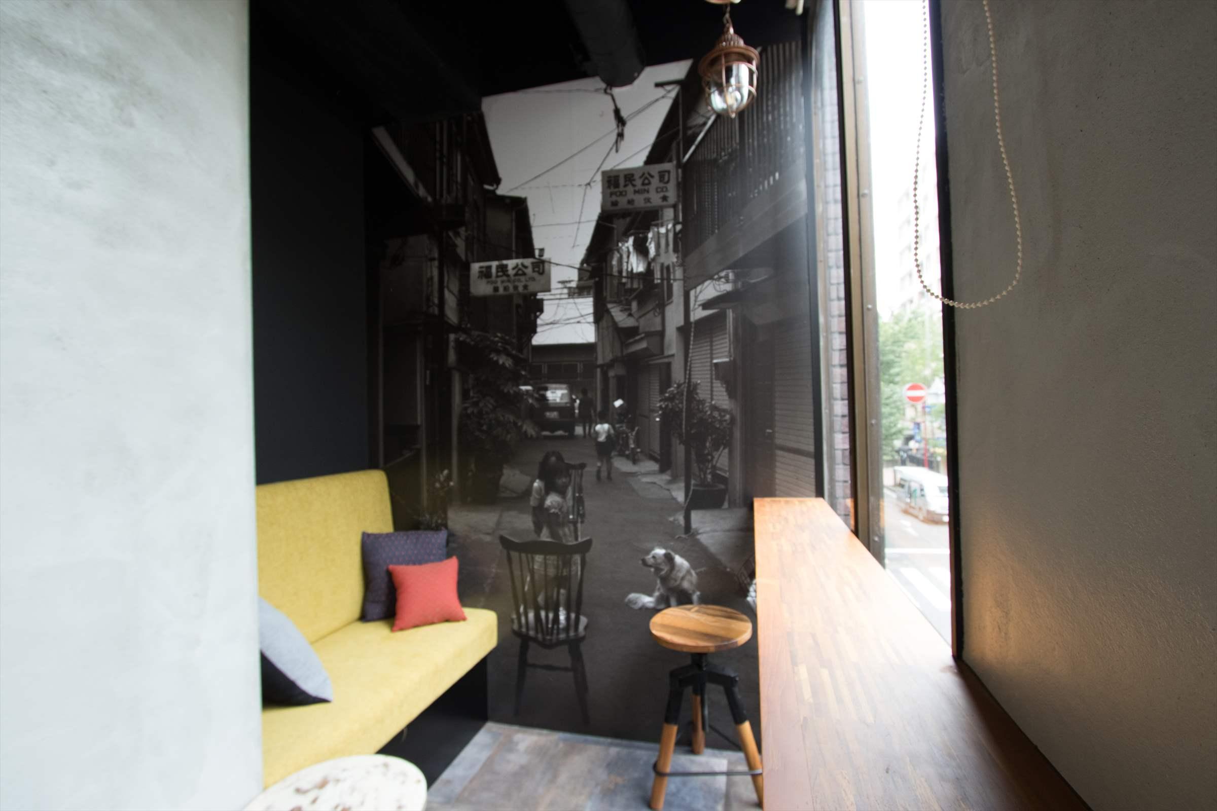 横濱の欧風倉庫をイメージした空間